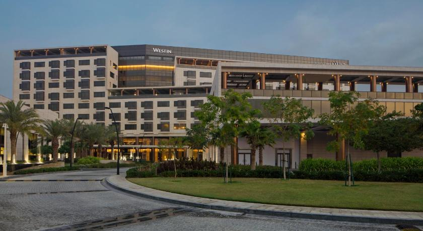 Best time to travel Doha The Westin Doha Hotel & Spa