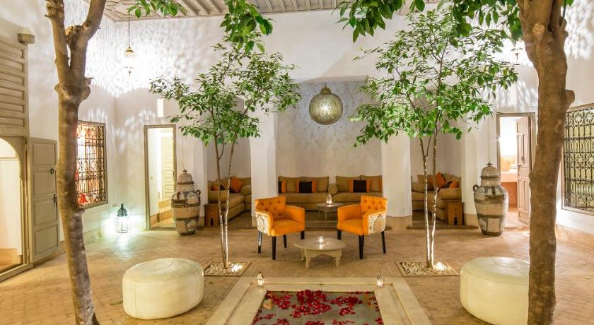 Best time to travel Morocco Riad See Moon et Spa