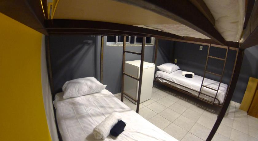 Bed in 4-Bed Dormitory Room Ghetto Rocinha Hostel