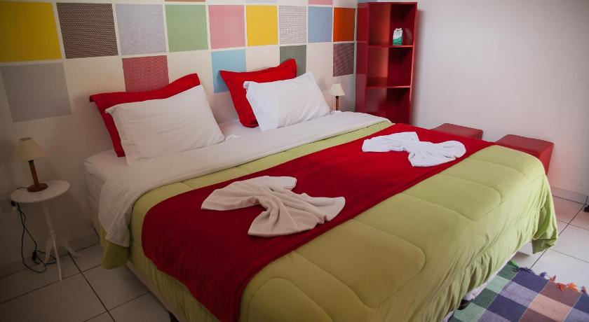 Double Room with Private Bathroom Motter Home Curitiba Hostel