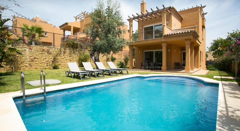 Villas Altos De Marbella