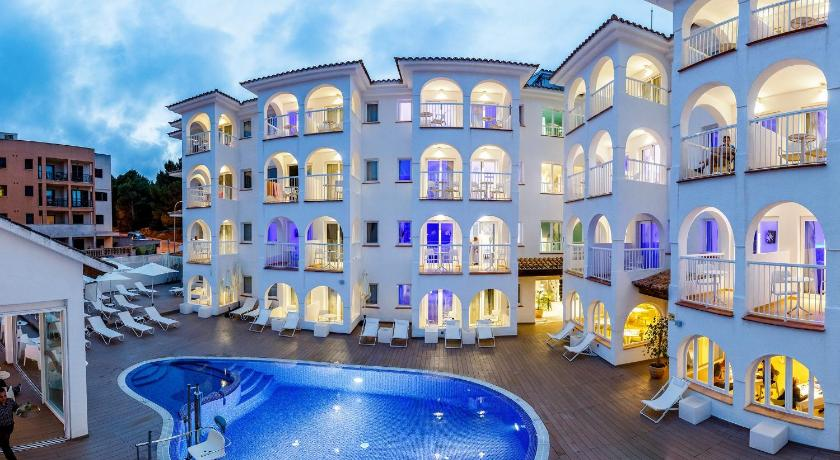 Best time to travel Spain R2 Bahia Cala Ratjada - Adults Only
