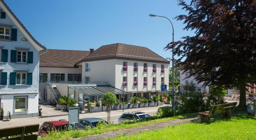 Best time to travel Switzerland Hotel Hecht