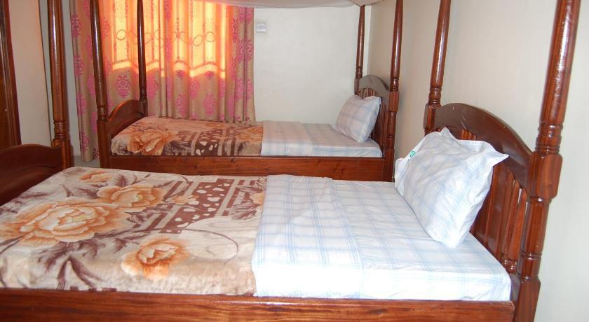 Best time to travel Kasese Uhuru 50 Hotel Kasese