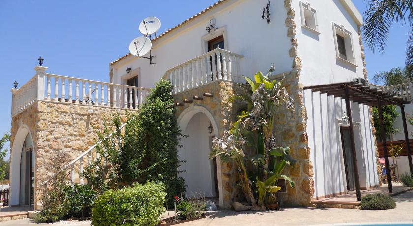 Best time to travel Salamis Traditional Villa Sofia