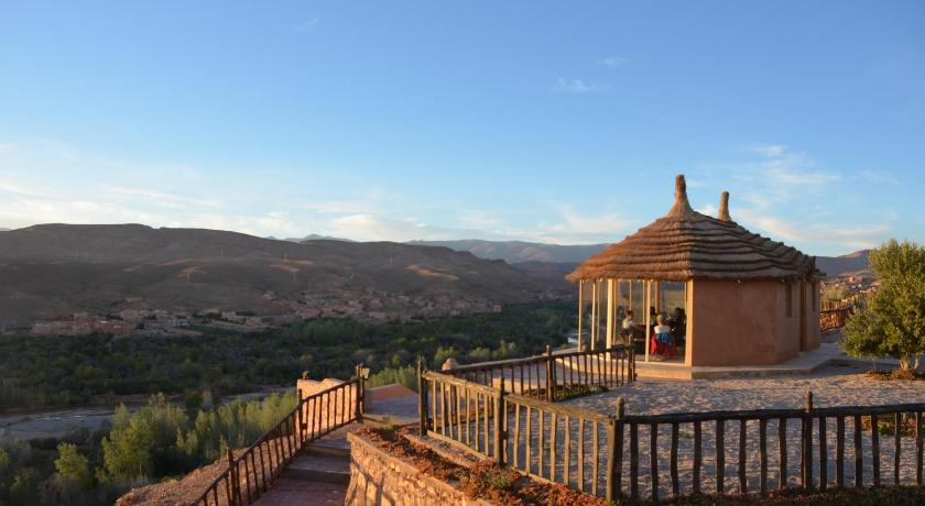 More about Kasbah Tizzarouine