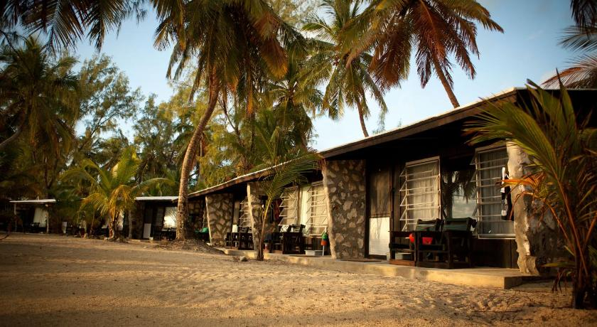 Double or Twin Room with Private Bathroom Small Hope Bay Lodge - All Inclusive