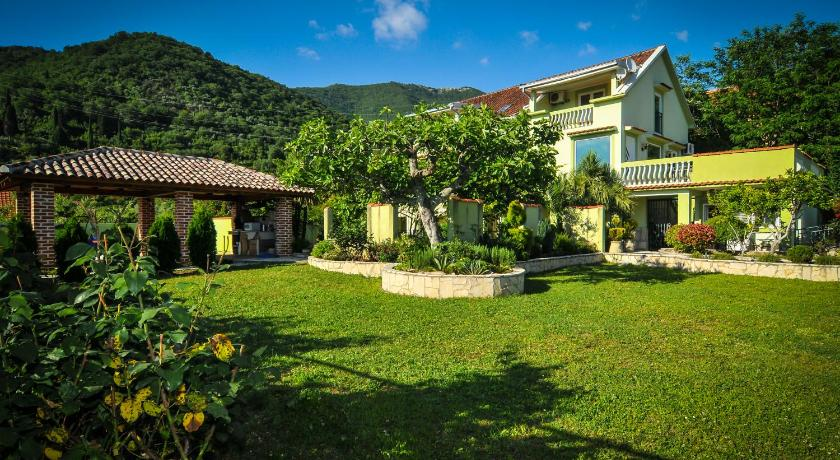 Best time to travel Montenegro Green Apartments