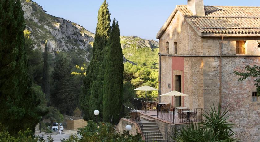 Best time to travel Alcúdia Petit Hotel Hostatgeria La Victoria