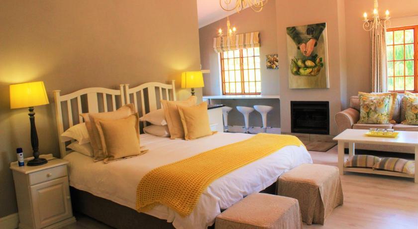 f83f1ddccc By The Way Guesthouse Árak, képek, vélemények, cím. Dél-afrikai ...