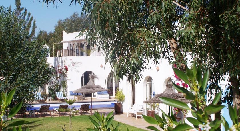 Best time to travel Morocco Villa Daba