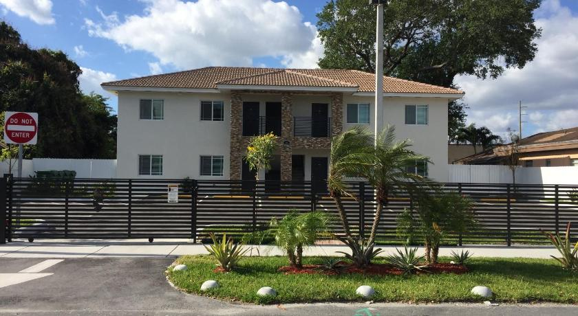 More about Apartments near Aventura Mall