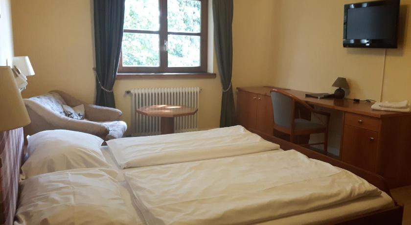 Double Room Litzlberger Keller