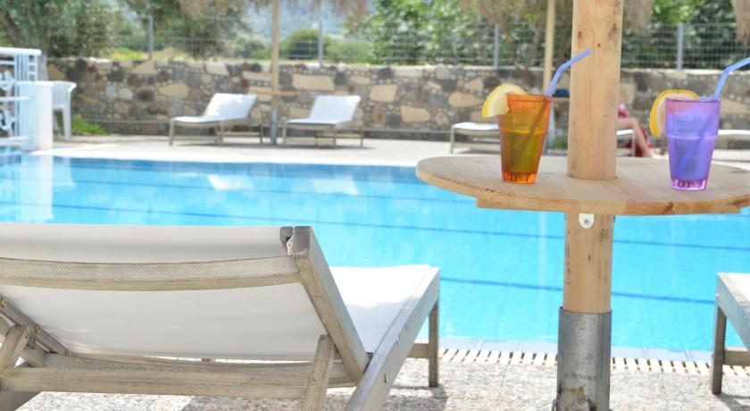 Best time to travel Greece Blue Nest Hotel