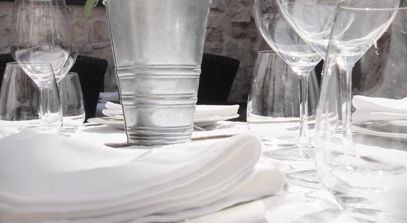 Apartment Francos Primosten Booking Deals Photos Reviews