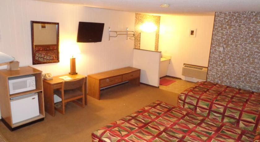 Standard Quadruple Room El-Vu Motel