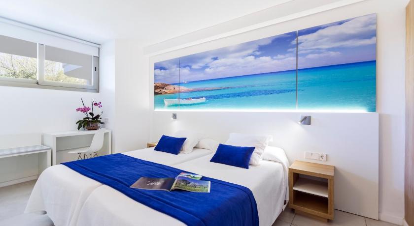 Best time to travel Palma de Mallorca Playas Ca's Saboners