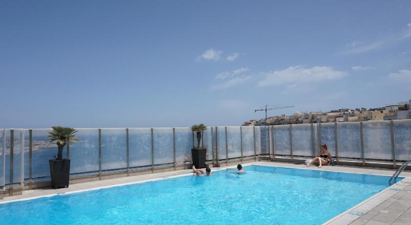 Best time to travel Malta Plaza Regency Hotels