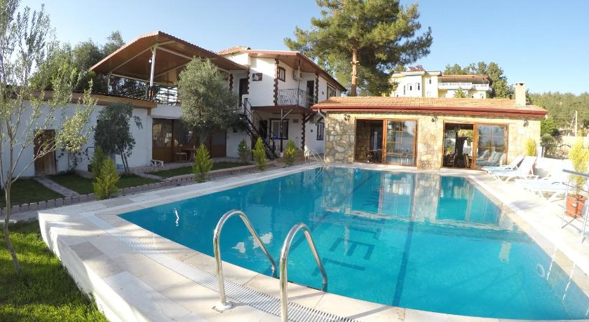 Best time to travel Turkey Pinar Hotel