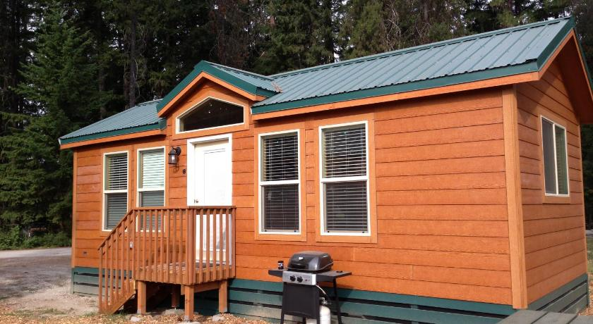 More about Leavenworth Camping Resort Cottage 7
