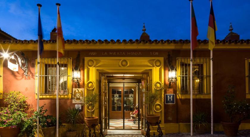 Best time to travel Spain Hotel Huerta Honda