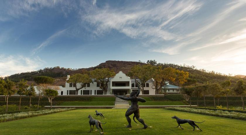Best time to travel South Africa Leeu Estates
