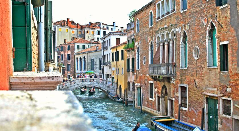 Best time to travel Venice Cool Apartments Venice