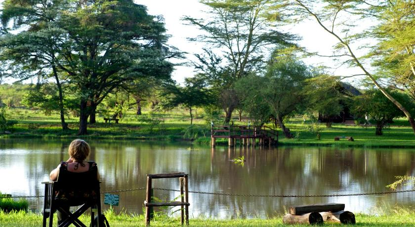 Best time to travel Kenya Voyager Ziwani Tented Camp