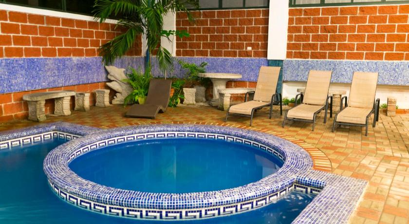 Best time to travel Chacarita Hotel Puntarenas Beach