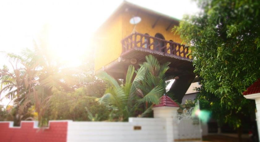 Treehouse Homestay In Kochi Room Deals Photos Reviews