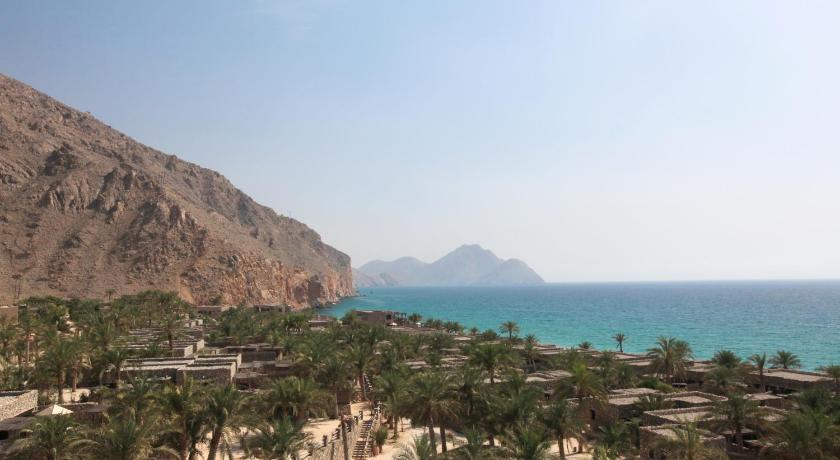 Best time to travel Oman Six Senses Zighy Bay