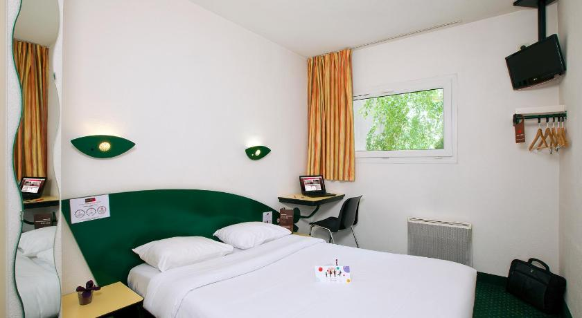 Hotel Cerise Nancy In France Room Deals Photos Reviews