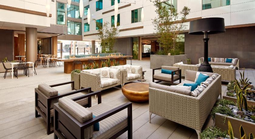 hilton garden inn san diego downtownbayside ca - Hilton Garden Inn San Diego