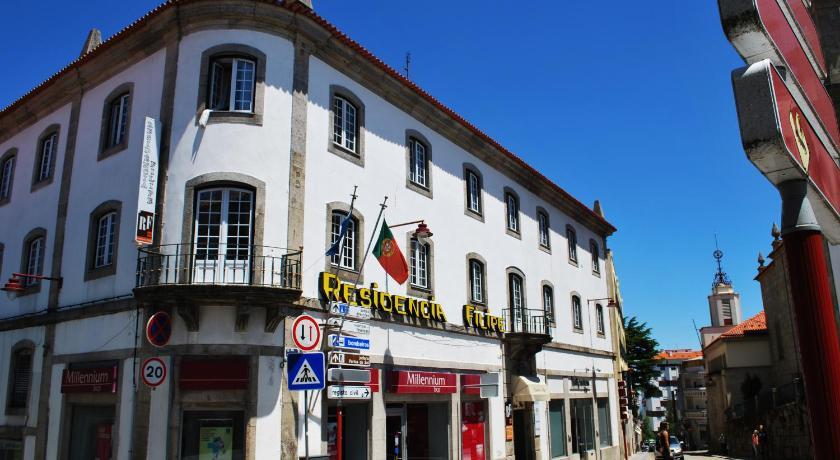 Best time to travel Portugal Residencia Filipe