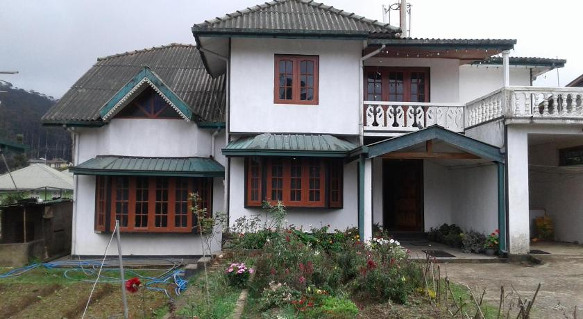 Selis Manor Holiday Home