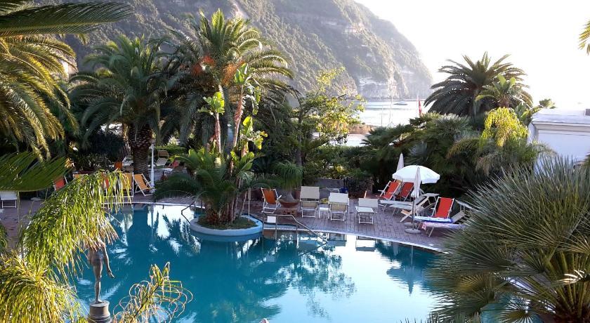 Best time to travel Ischia Semiramis Hotel De Charme