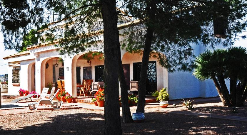 More about Casa Del Artista Bed & Breakfast