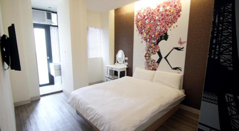 Best time to travel Taichung Flora Hostel