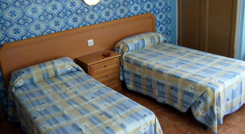 Twin Room Hostal Julieta