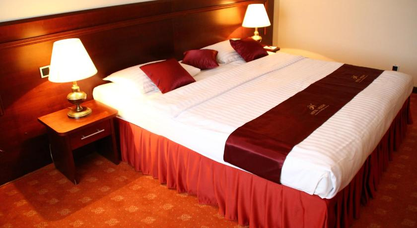 Best time to travel Čakovec Hotel Holiday