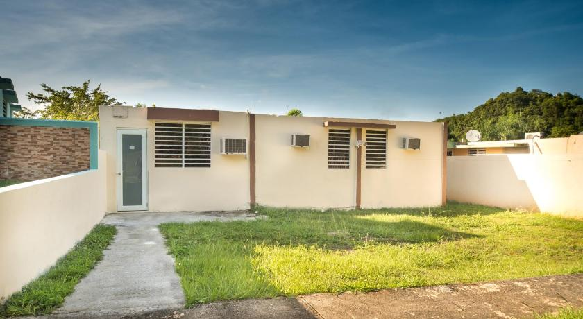 Best time to travel Manatí Monte Verde Studio Apartment