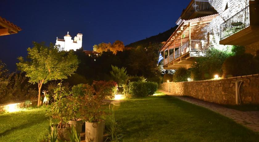 Best time to travel Greece Hotel Papanikola