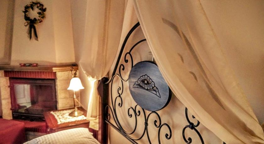 Best time to travel Greece Valentini Guesthouse