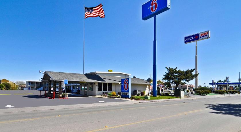 Best time to travel United States Motel 6 Willows