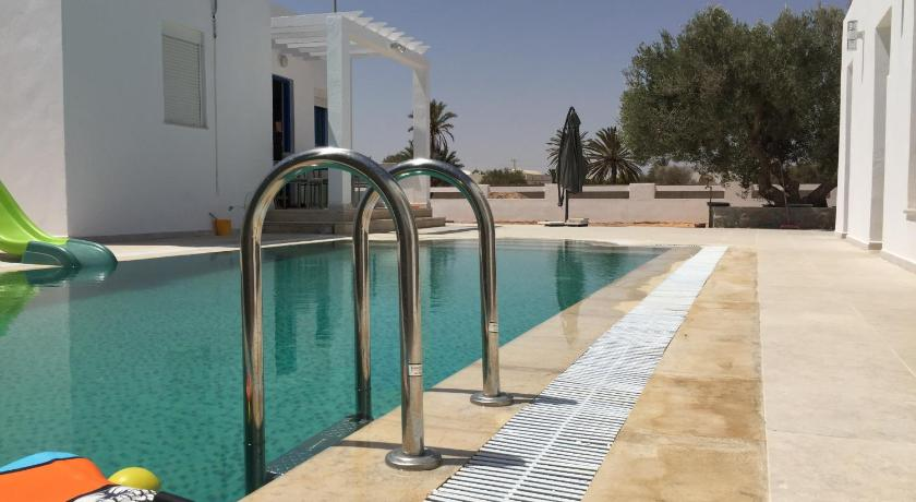 Best time to travel Tunisia Villa Farah
