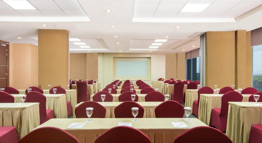 Indoluxe Hotel Jogjakarta Jl Palagan Tentara Pelajar No 106