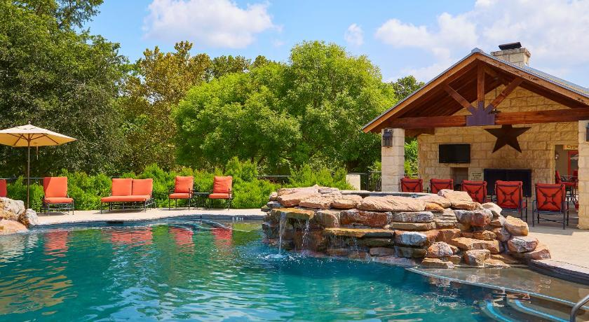 Best time to travel United States Fredericksburg Inn and Suites
