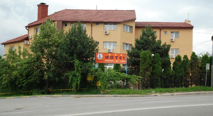 More about Hotel Liliacul