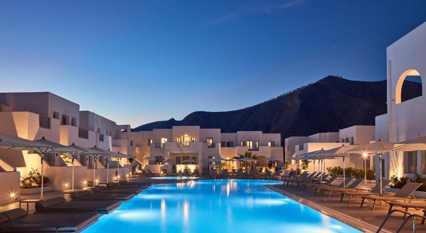 Aqua Blue Beach Hotel