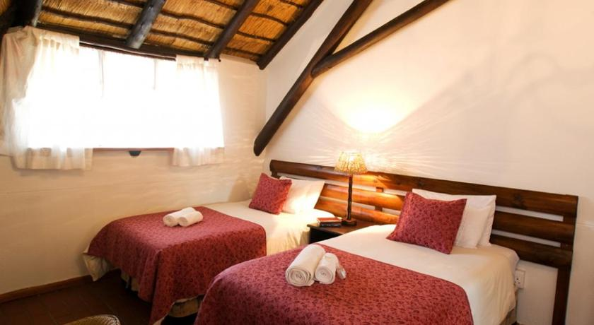 Best time to travel Richards Bay Woodpecker Inn